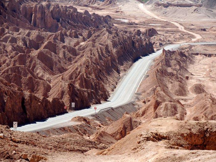 Photo of Viaggio in auto in Cile, nel Salar di Atacama e sulle pendici della cordigliera andina, tra vulcani e lagune colorate