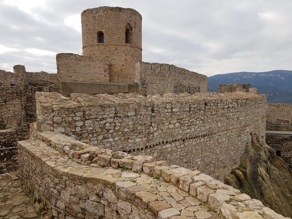 Castelli Moreschi in Andalusia: il castello di Jimena de la Frontera.