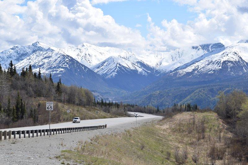 Viaggio in auto in Alaska: i Monti Chugach.