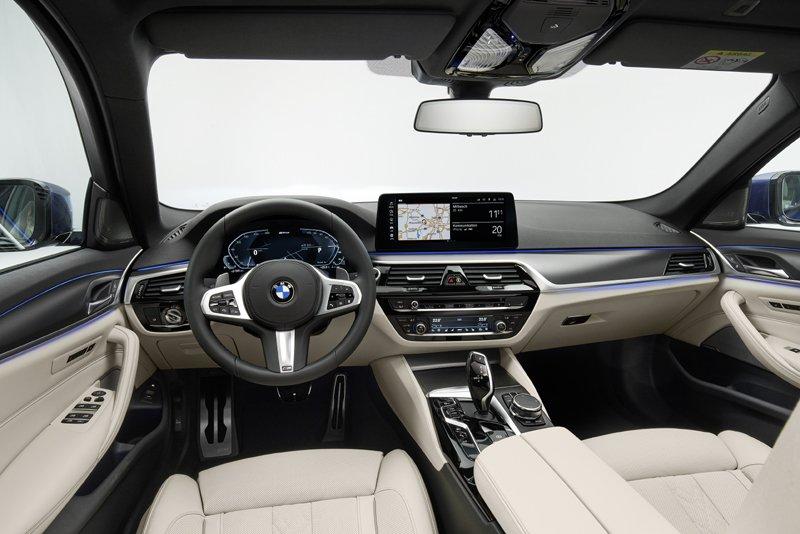 Gli interni delle nuova BMW Serie 5