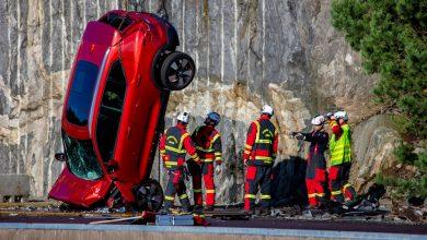 Photo of Sicurezza in auto: i test di Volvo che fanno cadere le auto da 30 metri di altezza